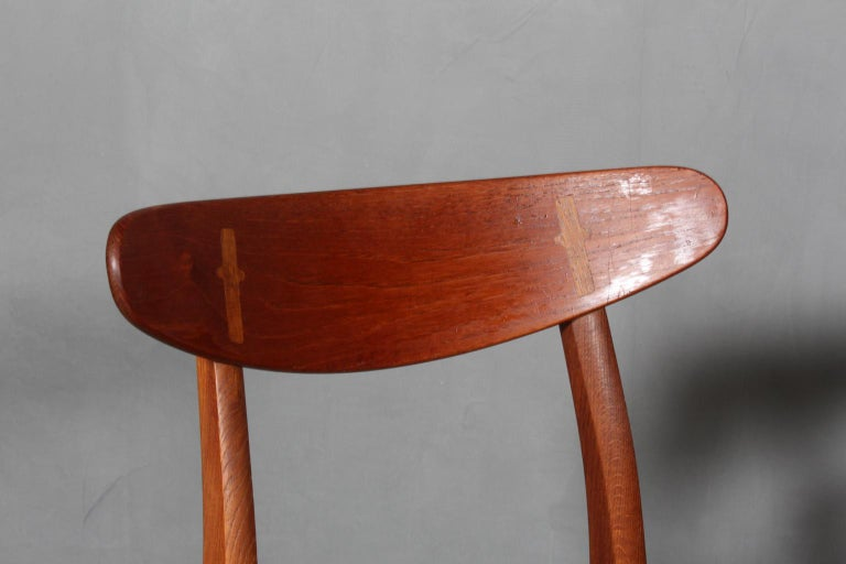 Leather Set of Four Hans J. Wegner Dining Chairs Model CH-30 in Teak and Oak For Sale