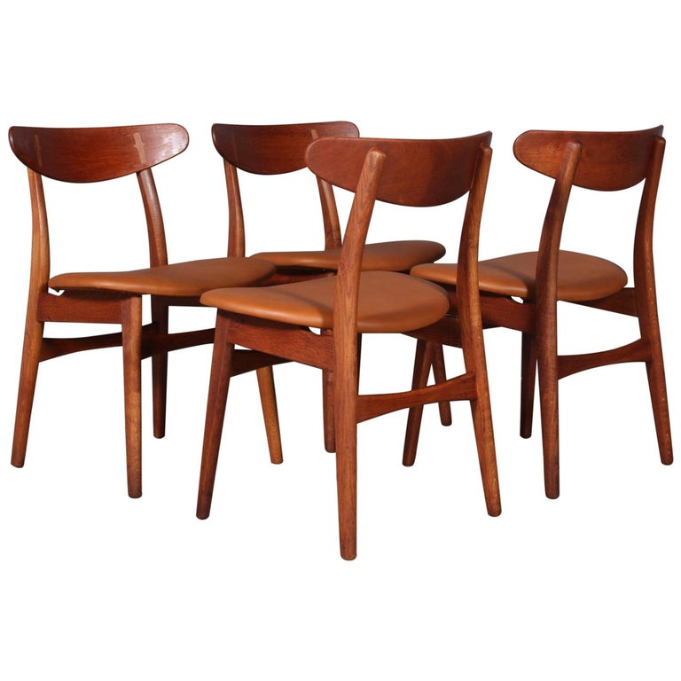 Set of Four Hans J. Wegner Dining Chairs Model CH-30 in Teak and Oak For Sale