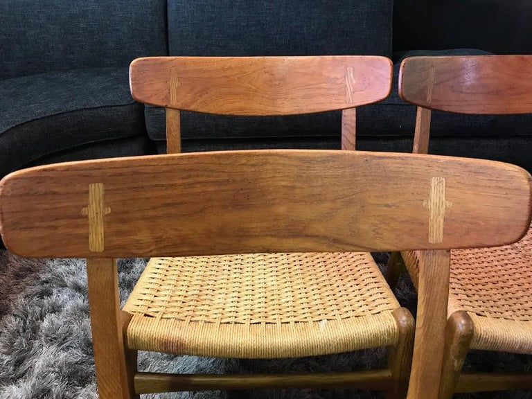 Hans Wegner Set of Four Mid-Century Modern Classic CH23 Dining Chairs For Sale 9