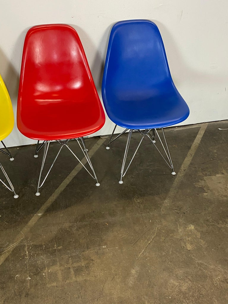 Fiberglass Set of Four Herman Miller Eames Dining Chairs For Sale