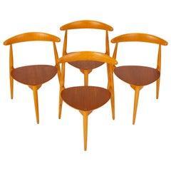 """Set of Four """"Hjertstolen"""" Dining Chairs by Hans Wegner for Fritz Hansen"""