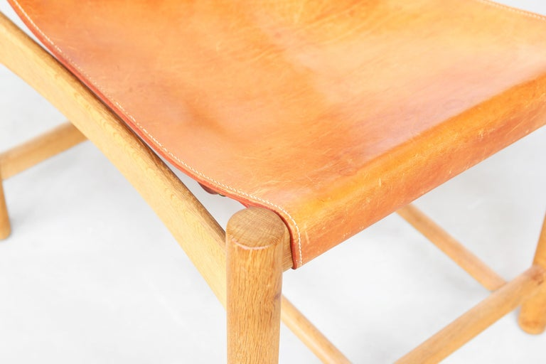 Set of Four Hunting Dining Chairs 3237 by Børge Mogensen for Fredericia Denmark  For Sale 2