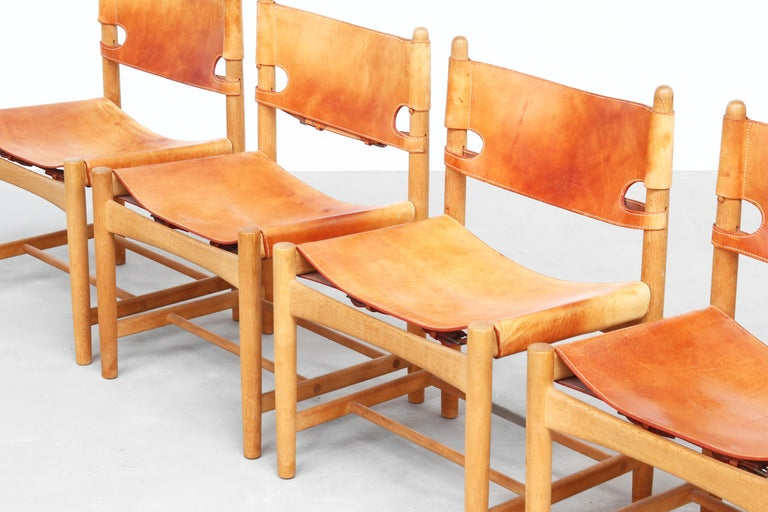 Set of Four Hunting Dining Chairs 3237 by Børge Mogensen for Fredericia Denmark  For Sale 3