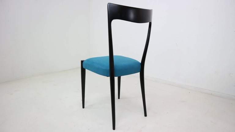 Mid-Century Modern Set of Four Italian Dining Chairs by Melchiorre Bega, 1950s For Sale