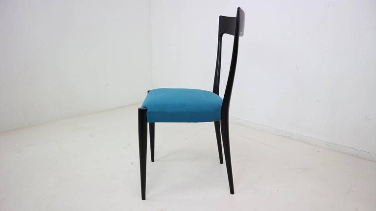 Set of Four Italian Dining Chairs by Melchiorre Bega, 1950s In Excellent Condition For Sale In The Hague, NL