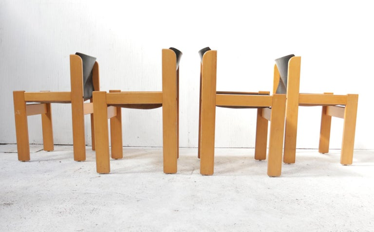 Set of Four Italian Saddle Leather Chairs by Ibisco, circa 1969 For Sale 3