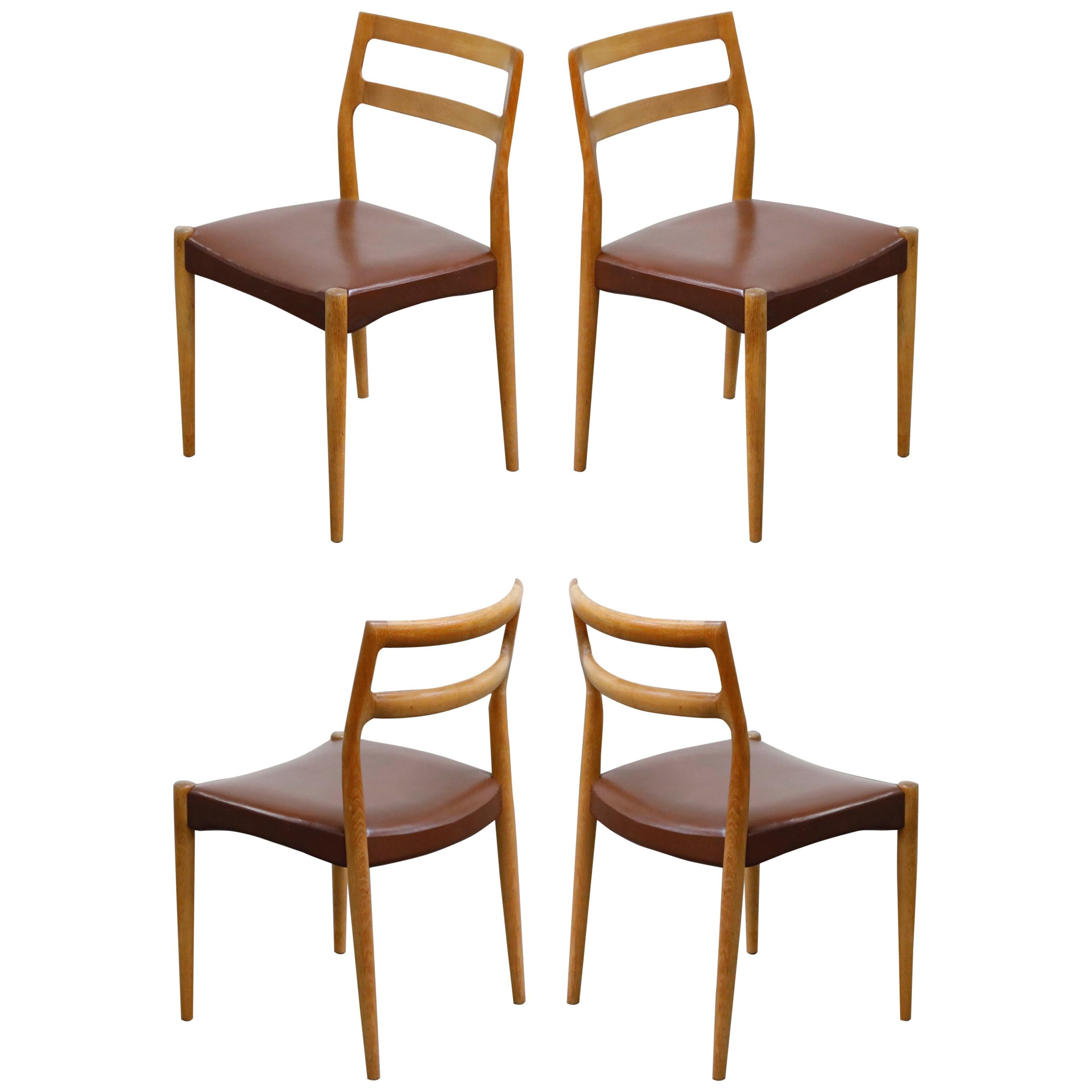 Set of Four Johannes Andersen for Uldum Møbelfabrik Danish Modern Dining Chairs
