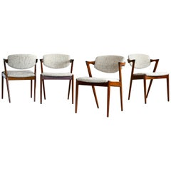 Set of Four Kai Kristiansen Model 42 Rosewood Dining Chairs Danish Midcentury