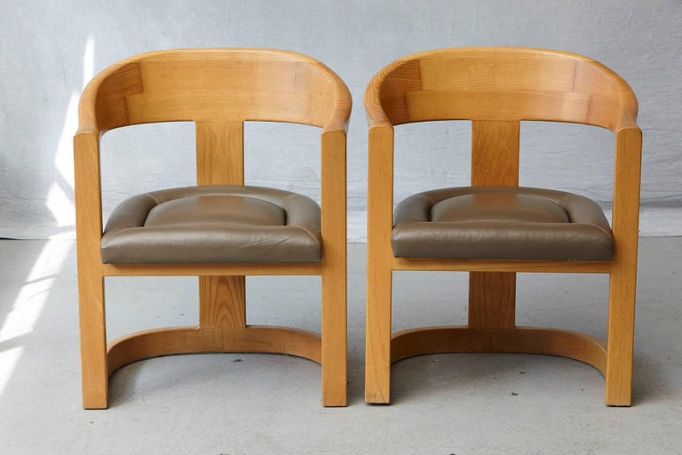 Set of Four Karl Springer Oak and Leather 'Onassis' Arm or Dining Chairs In Good Condition For Sale In Westport, CT