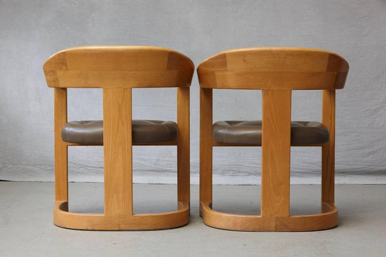 Set of Four Karl Springer Oak and Leather 'Onassis' Arm or Dining Chairs For Sale 3