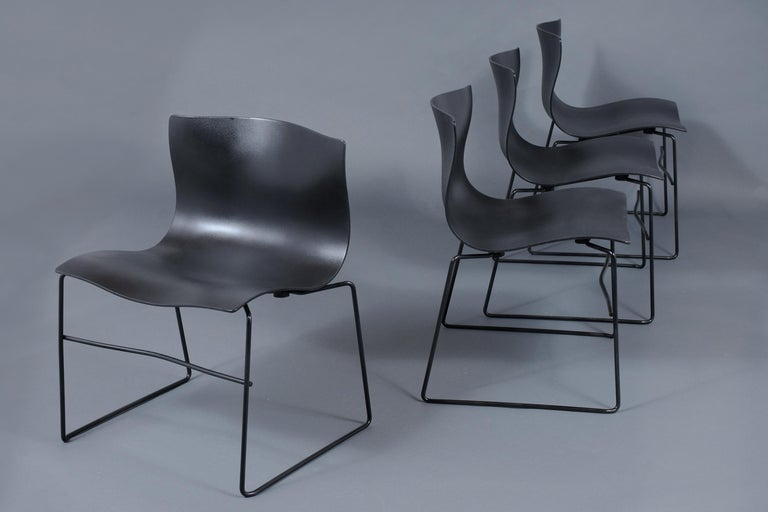 Mid-Century Modern Set of Knoll Handkerchief Chairs For Sale