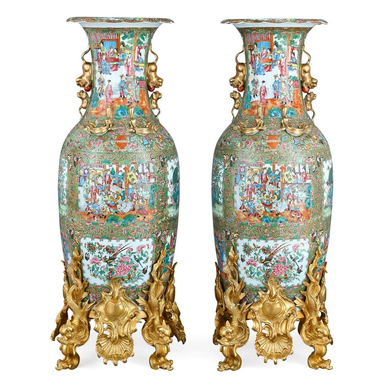 Set of Four Large Gilt Bronze Mounted Chinese Porcelain Vases For Sale 4