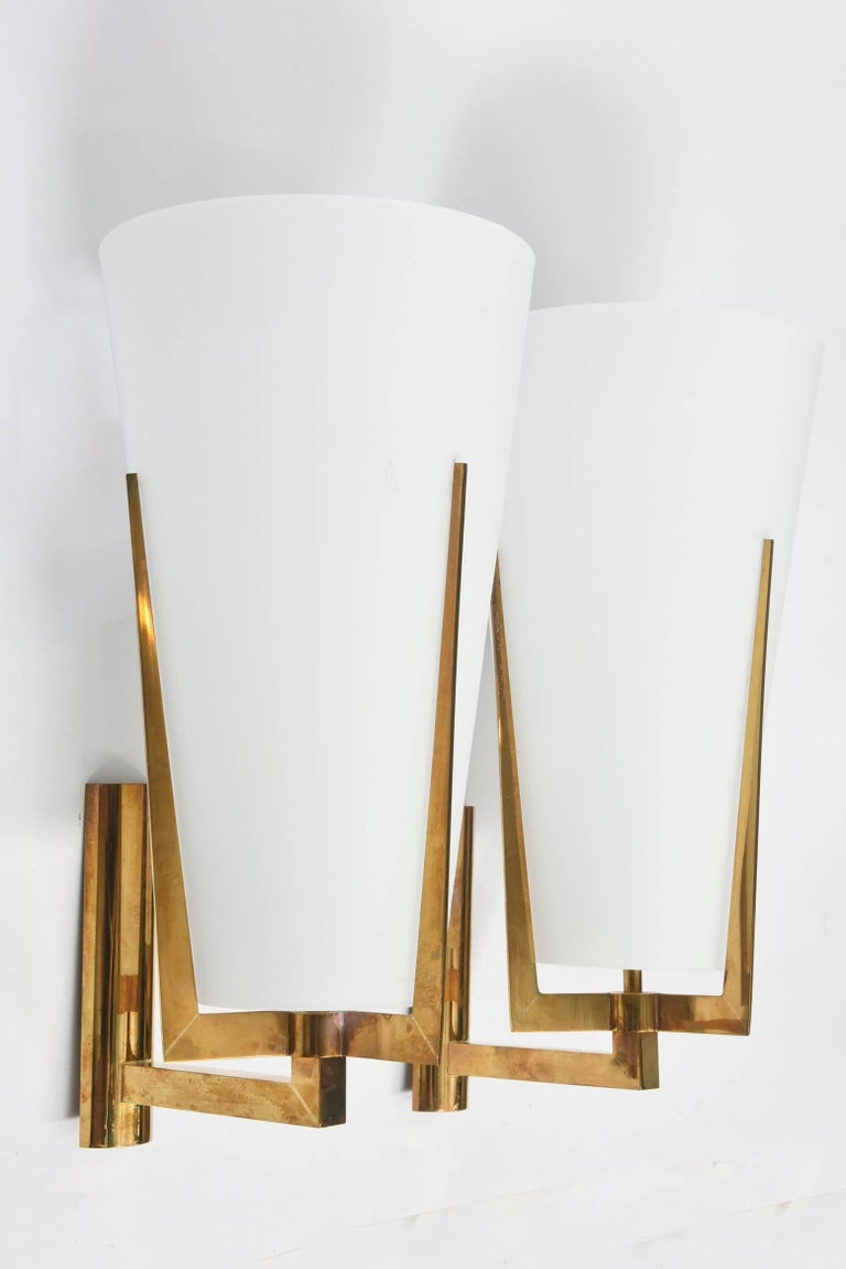 Mid-Century Modern Set of Four Large Stilnovo Brass and Frosted Glass Wall Lights, Italy For Sale