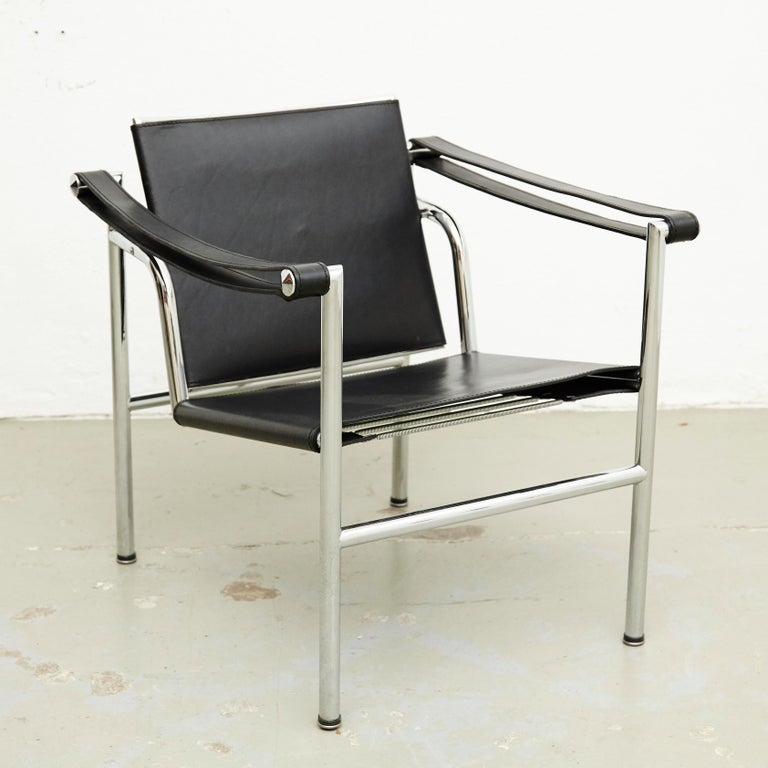 Mid-Century Modern Set of Four Le Corbusier, Pierre Jeanneret Charlotte Perriand LC1 Black Leather For Sale
