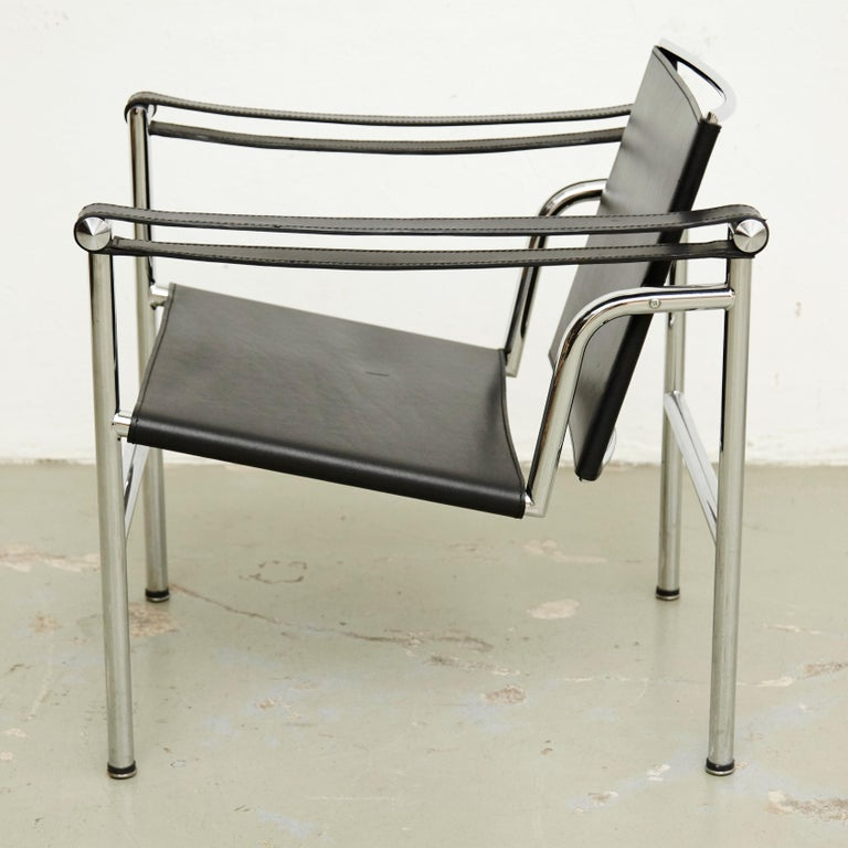 French Set of Four Le Corbusier, Pierre Jeanneret Charlotte Perriand LC1 Black Leather For Sale