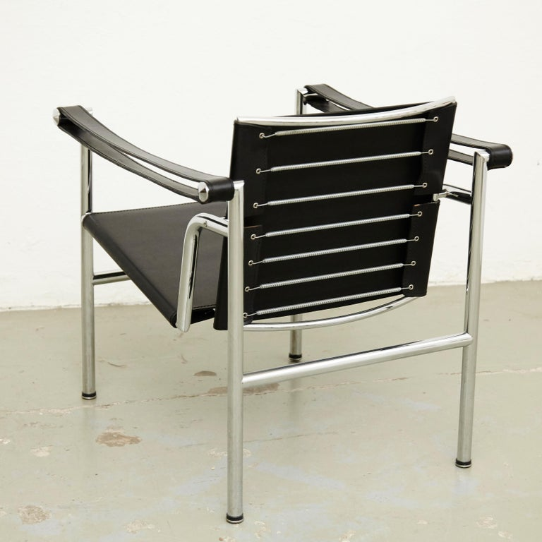 Set of Four Le Corbusier, Pierre Jeanneret Charlotte Perriand LC1 Black Leather For Sale 2