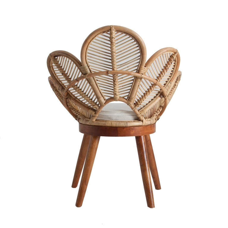 Set of Four Mahogany Wood and Rattan Flower Armchairs In New Condition For Sale In Tourcoing, FR