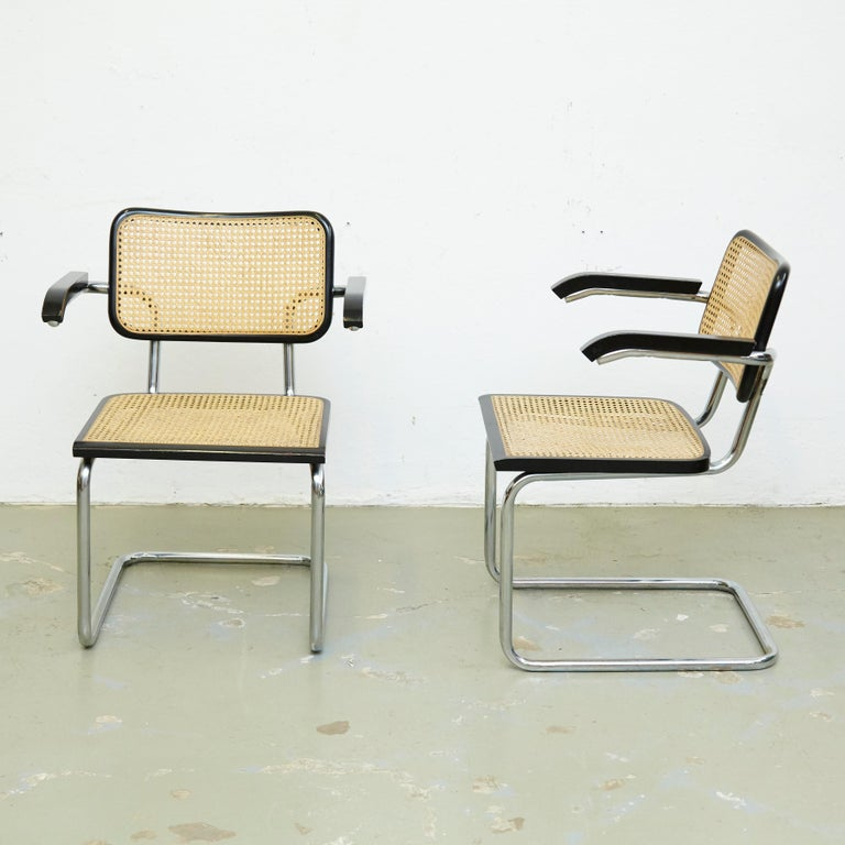 Mid-Century Modern Set of Four Marcel Breuer Cesca Chairs, circa 1970 For Sale