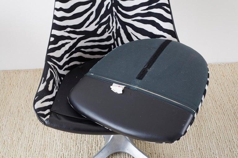 Set of Four Midcentury Chromcraft Zebra Swivel Dining Chairs For Sale 4