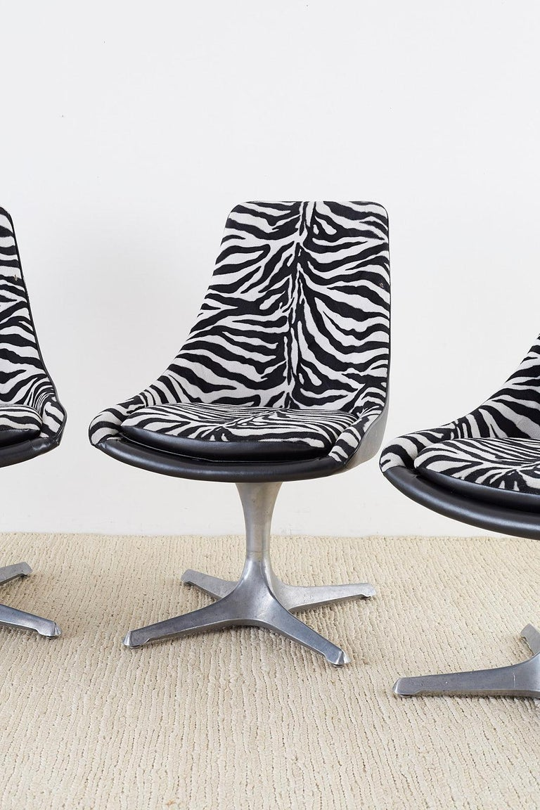 American Set of Four Midcentury Chromcraft Zebra Swivel Dining Chairs For Sale