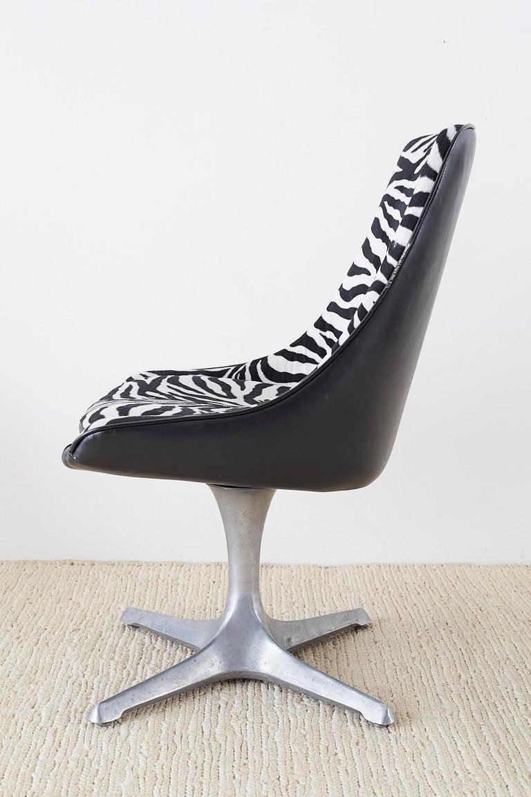 Aluminum Set of Four Midcentury Chromcraft Zebra Swivel Dining Chairs For Sale