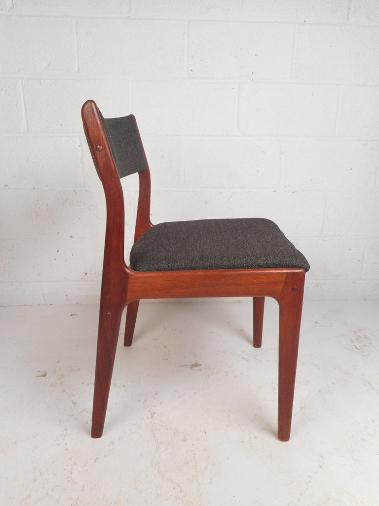 European Set of Four Mid-Century Modern Danish Teak Dining Chairs For Sale