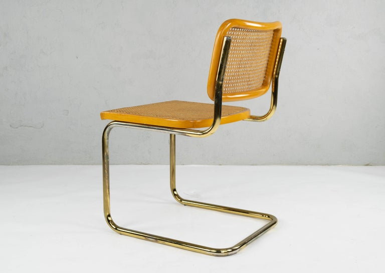 Set of Six Mid-Century Modern Marcel Breuer B32 Cesca Brass Chairs, Italy, 1970 For Sale 4