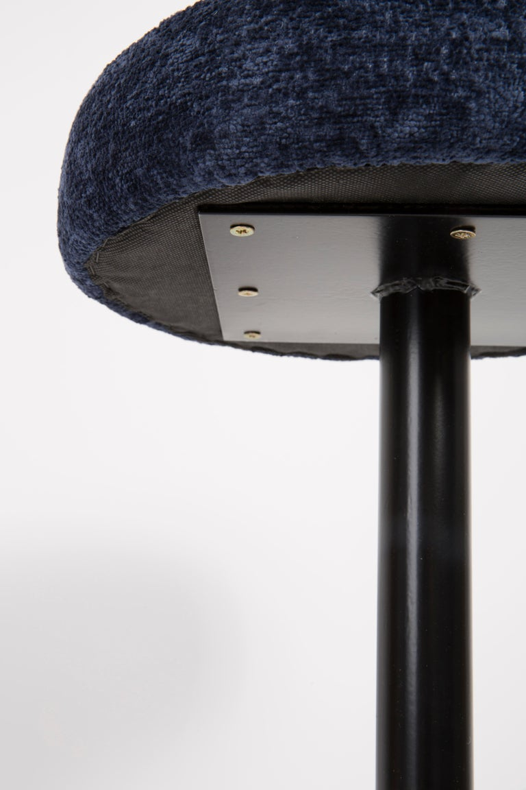 Set of Four Mid-Century Modern Navy Blue Bar Stools, 1960s For Sale 1