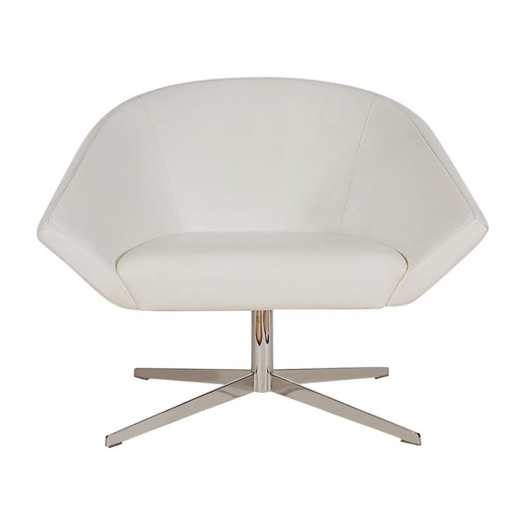 Set of Four Mid-Century Modern White Swivel Lounge Chairs by Bernhardt For Sale 6