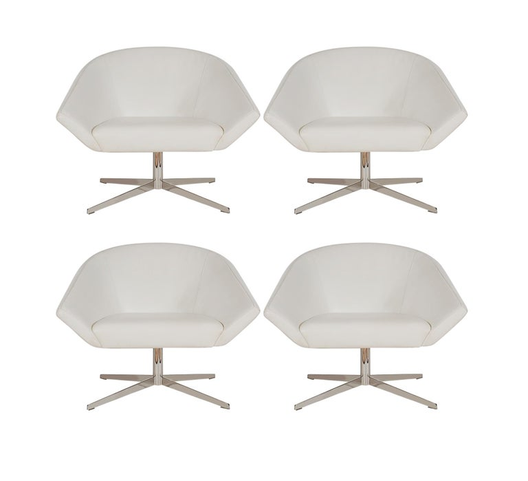 Stainless Steel Set of Four Mid-Century Modern White Swivel Lounge Chairs by Bernhardt For Sale