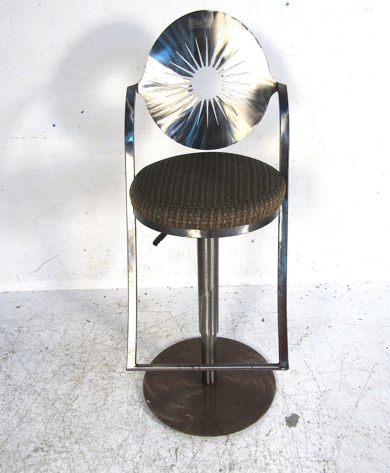 Set of Four Midcentury Steel Bar Stools For Sale 3