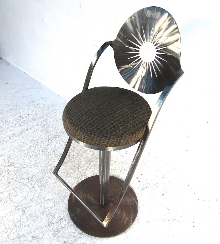 Set of Four Midcentury Steel Bar Stools For Sale 4
