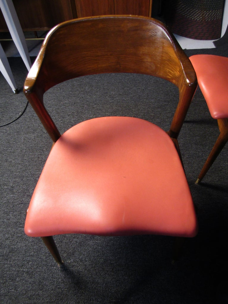 20th Century Set of Four Midcentury Walnut Chairs For Sale