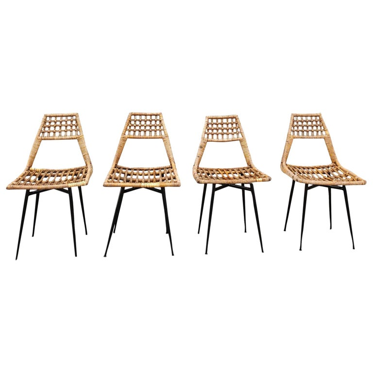 Set of Four Midcentury Basket Rattan Chairs, Italy, 1960s For Sale