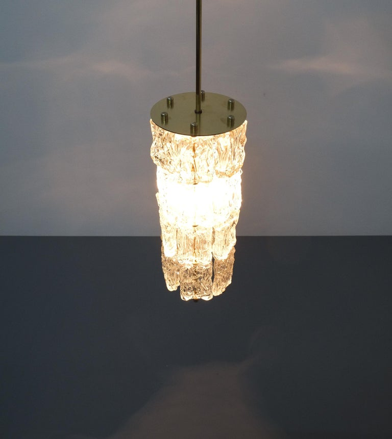 Set of Four Midcentury Murano Glass Pendant Lamps by Barovier Toso, Italy For Sale 4