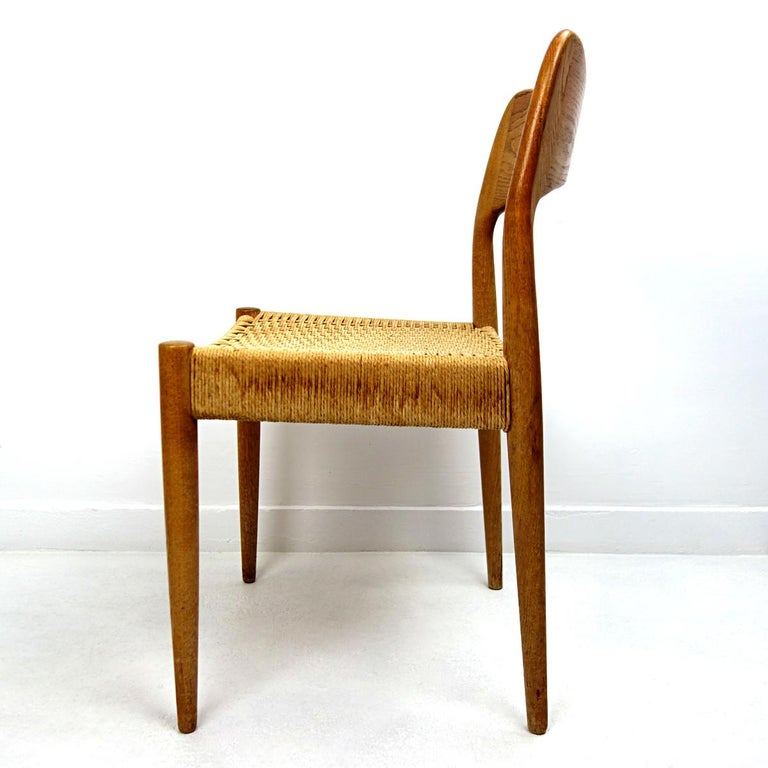 Set of four Midcentury Scandinavian Dining Chairs 71 by Niels O. Moller For Sale 1