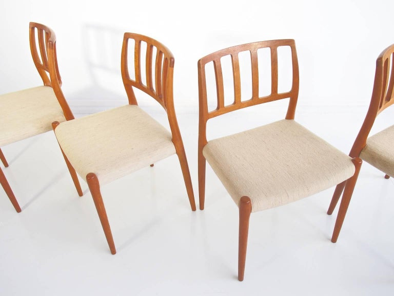 Set of Four Model 83 Niels Otto Møller Teak Chairs In Good Condition For Sale In Madrid, ES