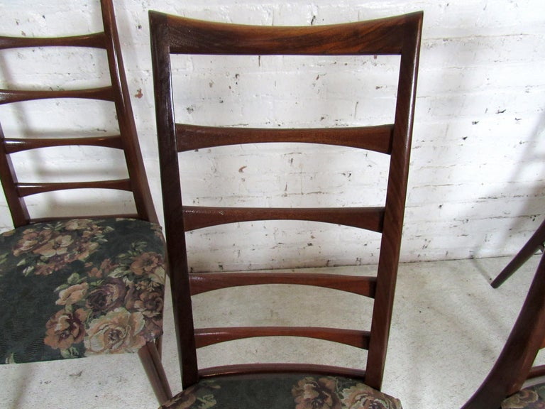 Wood Set of Four Modern Dining Chairs For Sale