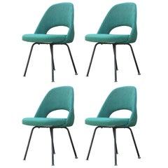 Set of Four Modern Eero Saarinen for Knoll Green Armless Executive Side Chairs