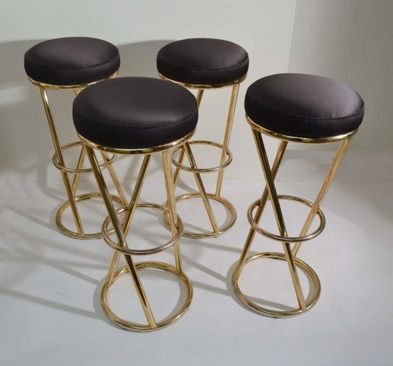 Mid-Century Modern Set of Four Modernist Bar Stools in Tubular Brass by Pierre Chareau France For Sale