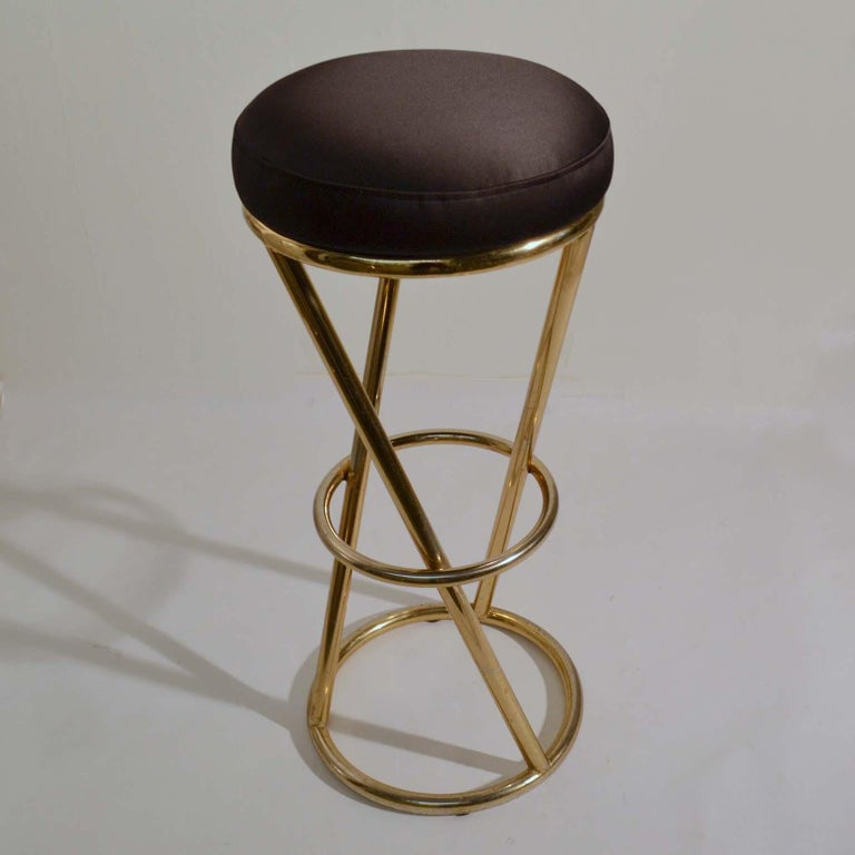 Set of Four Modernist Bar Stools in Tubular Brass by Pierre Chareau France In Good Condition For Sale In London, GB