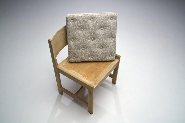 Set of Four Oak Chairs by Ilse Rix for Uldum Møbelfabrik, Denmark, 1961 For Sale 4