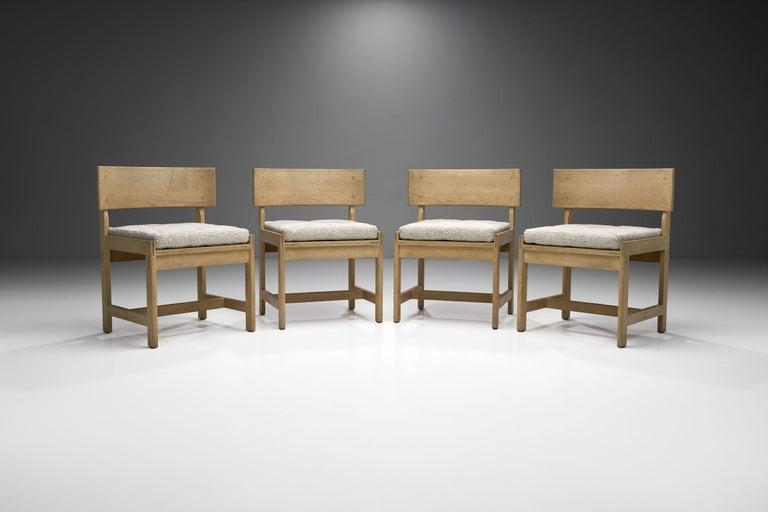 Scandinavian Modern Set of Four Oak Chairs by Ilse Rix for Uldum Møbelfabrik, Denmark, 1961 For Sale