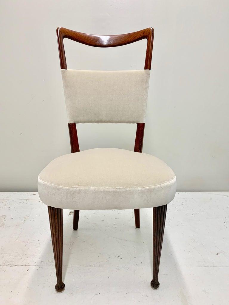 Set of Four Osvaldo Borsani Rosewood and Velvet Dining Chairs, 1950s Restored For Sale 10