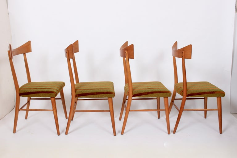 Early Paul McCobb Planner Group for Winchendon set of 4 birch side chairs. Featuring fine American Mid-Century Modern design, graceful lines, comfort and sturdy support. With original finish and period upholstery.