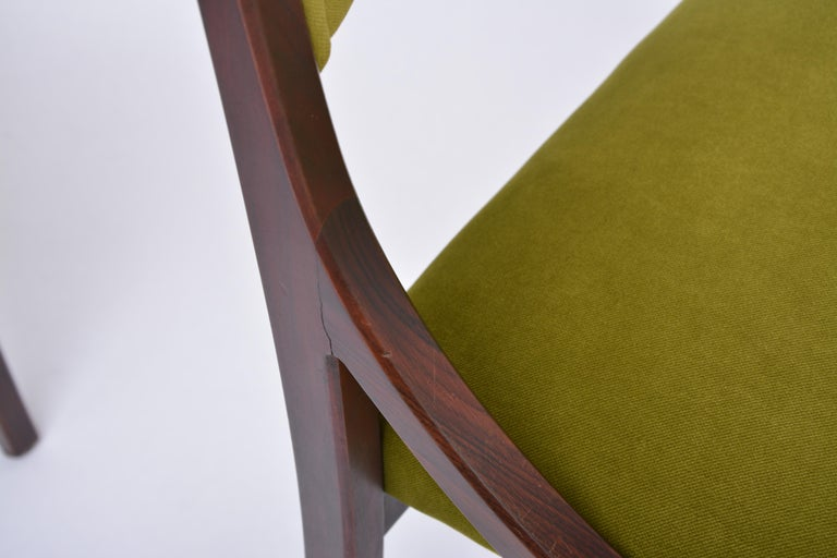 Set of four Mid-Century Modern Green reupholstered Dining Chairs by Ico Parisi  For Sale 7