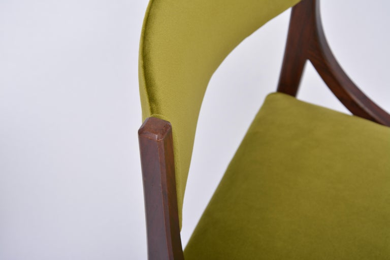 Set of four Mid-Century Modern Green reupholstered Dining Chairs by Ico Parisi  For Sale 8