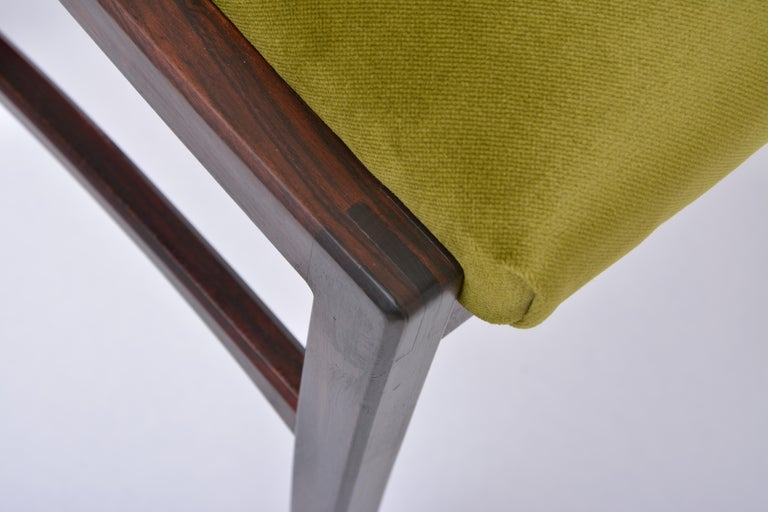 Set of four Mid-Century Modern Green reupholstered Dining Chairs by Ico Parisi  For Sale 10