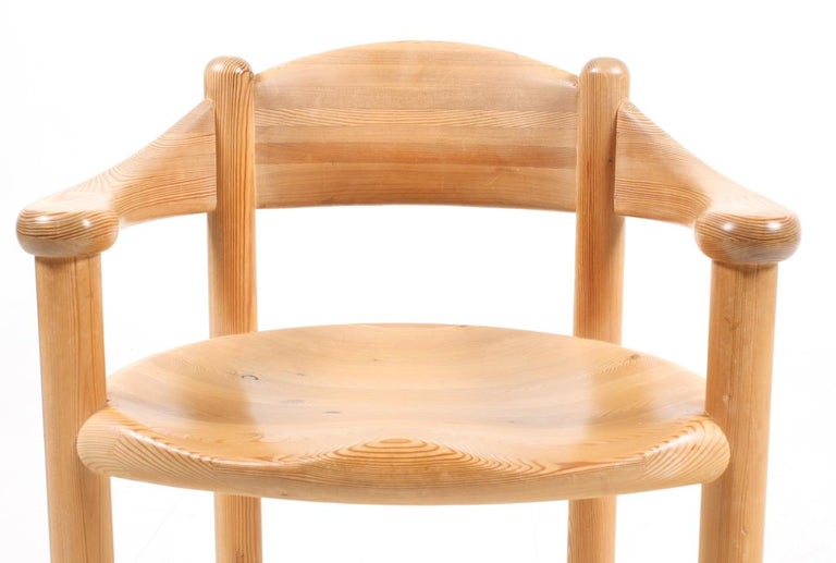 Set of Four Scandinavian Dining Chairs in Pine by Rainer Daumiller For Sale 2