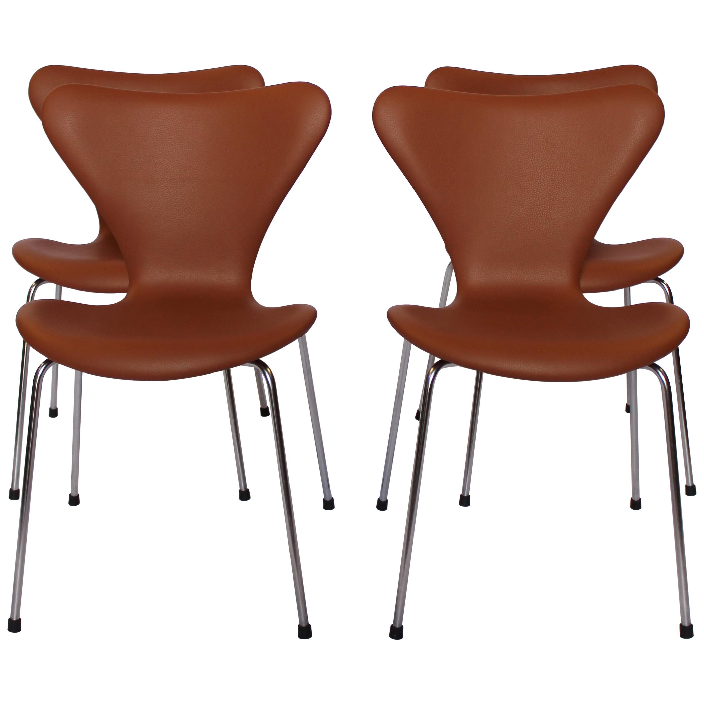 Set of Four Series 7 Chairs, Model 3107 by Arne Jacobsen and Fritz Hansen, 1967